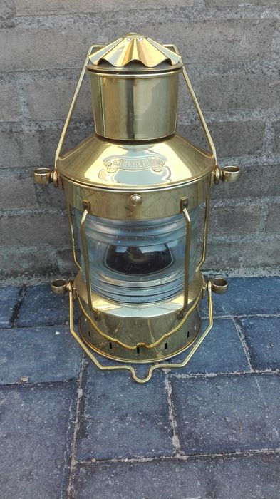 Complete old ship's light by Ankerlicht.