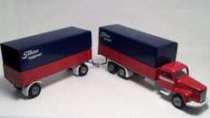 Tekno Holland-scale 1/43-Scania 110 Super tandem axle with elevator-shaft No. 551 + trailer No. 452