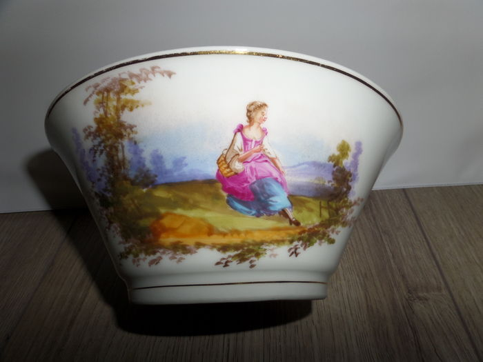 Hand painted porcelain bowl