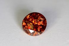 Red diamond – 0.35 ct