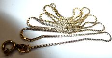 8 kt / 333 gold necklace with Venetian pattern, 3.5 g