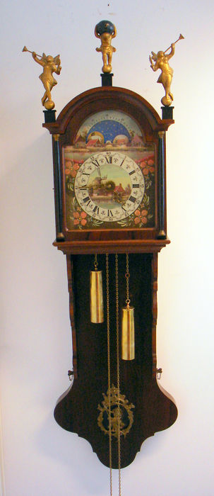 Walnut tail clock with moon phase - 1st half 20th century