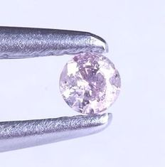 Natural fancy pink diamond of 0.04 ct, IGI certified