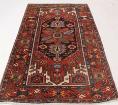Old Persian carpet, Bachtiar Tafrecht, 102 x 170 cm, natural colours, made in Iran around 1930