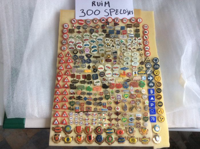 Large collection of over 300 car, petrol, transport pins