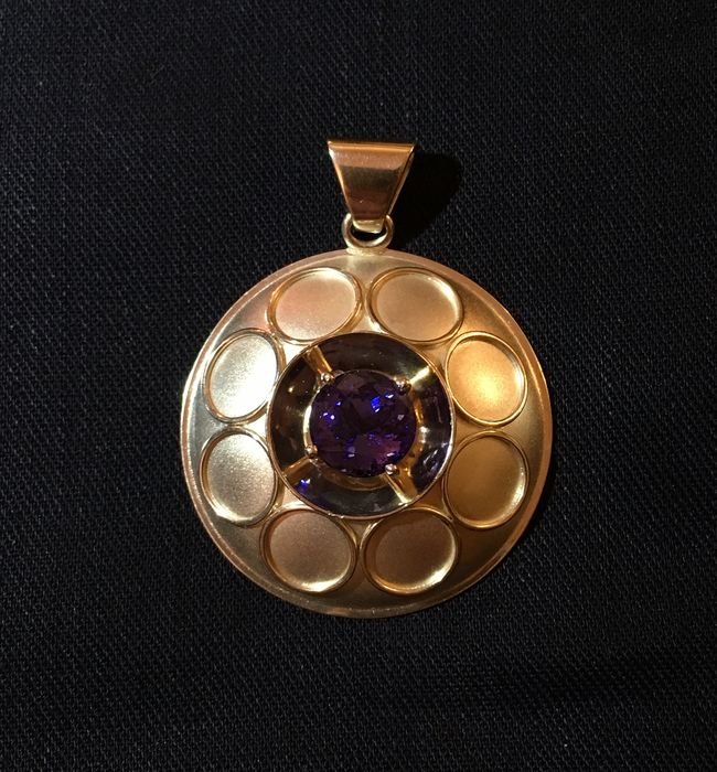 Gold pendant with violet blue Tanzanite, 3 ct. - 32.5 x 32.5 x 10 mm