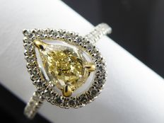 Diamond ring with GIA certificate pear-shaped natural fancy brownish yellow diamond, 0.88 ct in total