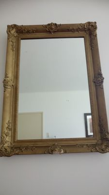 Beautiful gilt frame with mirror