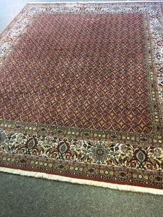 Beautiful hand knotted Persian Moud / Herati with natural colours! Approx. 240 x 300 - in top condition - Persia - free fast shipping to Europe!