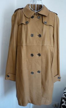 Burberry - Long leather coat