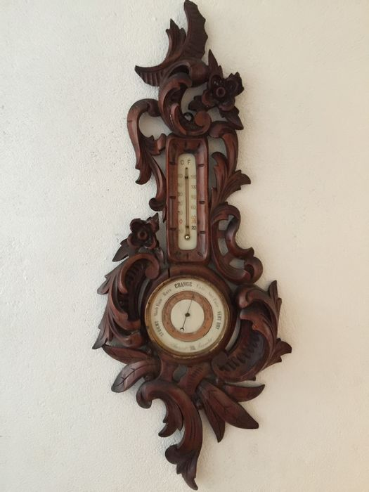 Antique wooden aneroid barometer - England ca. 1900