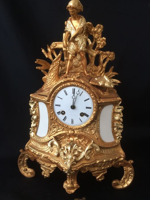 French mantel clock – period 1870