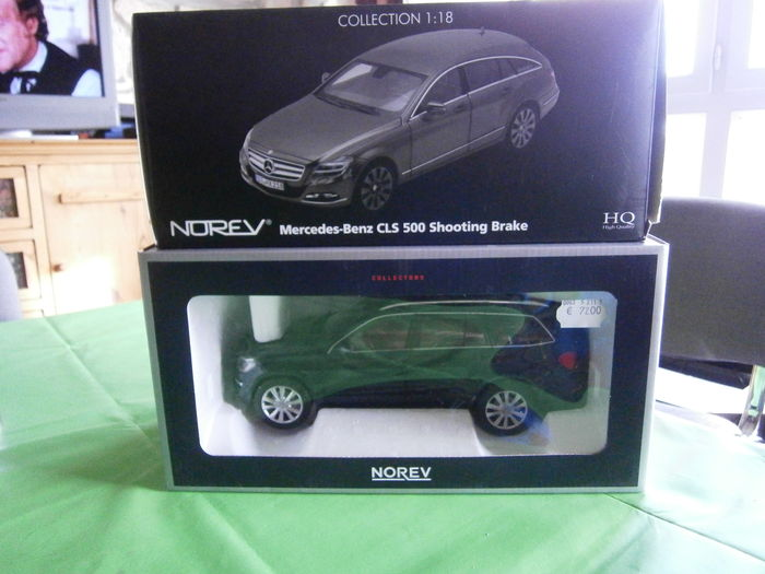 Norev - Scale 1/18 - Lot of 2 models: Mercedes-Benz CL500 Shooting Break and Mercedes-Benz GL Class