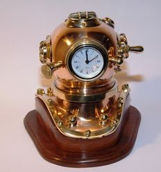 """Copper and solid brass cabin watch """"deep-sea diver's helmet"""" with teak base 1970"""