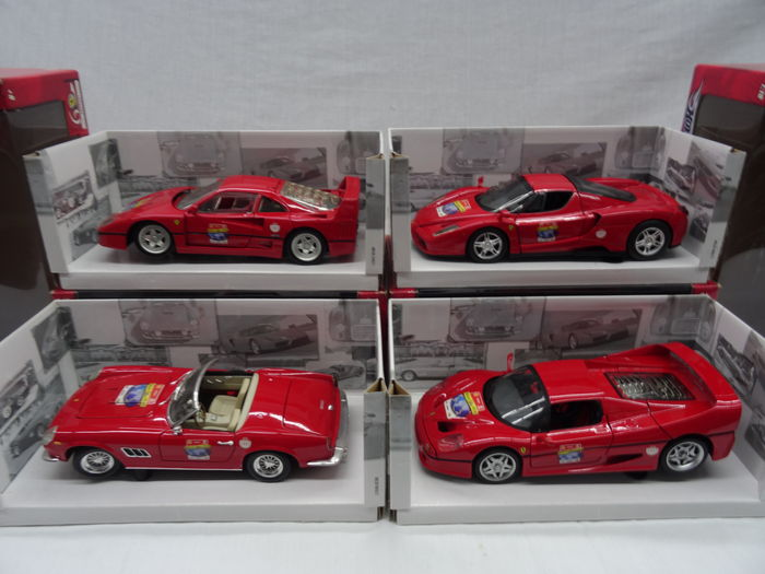 Hotwheels Ferrari 60 Years - Scale 1/18 - Lot with 4x Ferrari models: Enzo / 250GT California / F50 / F40