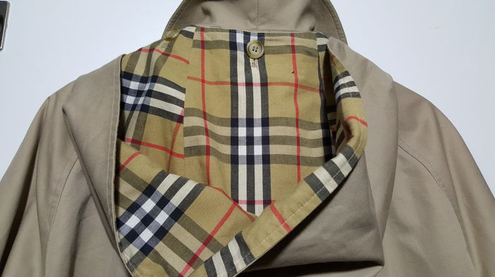 Burberry – Women s vintage trench coat - Catawiki c08e5eca3780
