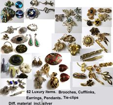 Lot 62 items-brooches, tie pins, pendants, etc-various material, also gilded and silver
