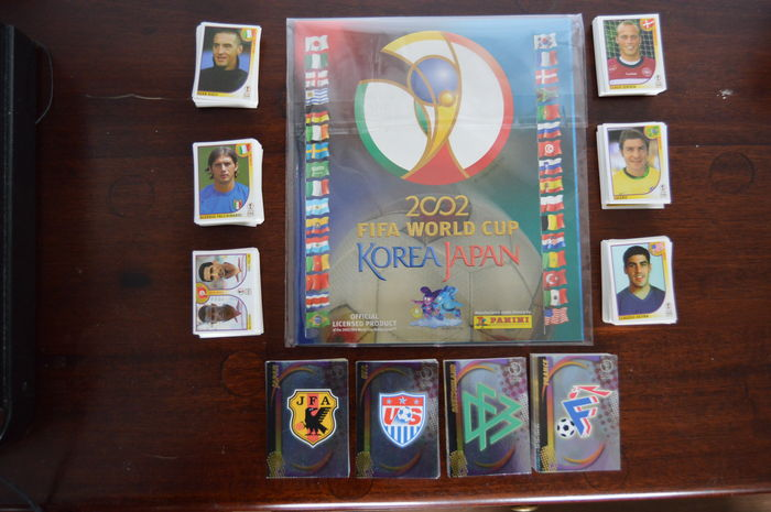 Panini - Fifa World Cup 2002 Korea Japan - New empty album + Complete loose stickerset (576) + Complete Trading Cards Collection (206).