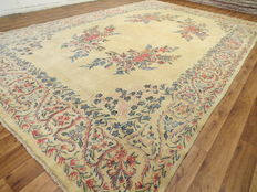 Dreamily beautiful Persian carpet, Kerman/Ira, 425 x 265 cm, semi Antique, approx. 1955 to 1960, fine weave, natural colours, no reserve price, from 1,- € your chance
