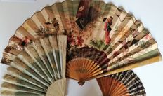 Lot of three European hand fans made at the end of the 19th c. and beginning of the 20th c. Different materials and sizes