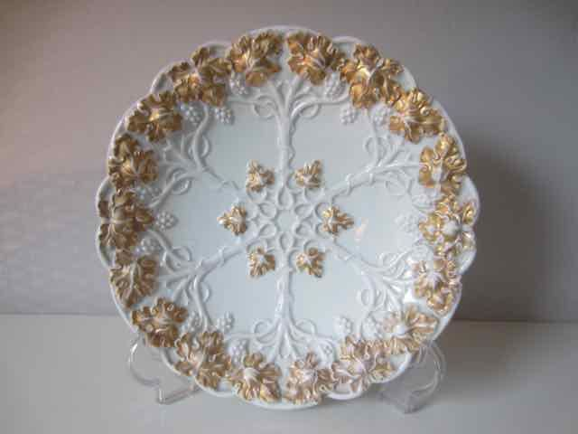 Meissen - porcelain decorative plate, richly decorated