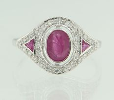 14 kt with gold ring with ruby and diamonds, ring size 17.25 (54)
