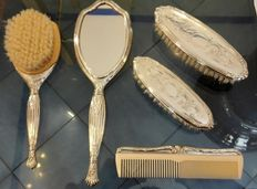 A complete set of 800 silver brushes, mirror, comb - 1960s