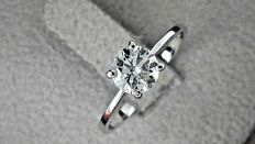 0.83 ct round diamond ring made of 14 kt white gold *** no reserve price ***