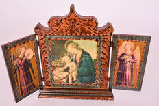 Old triptych icon Mary and child + 2 guardian angels on the shutters