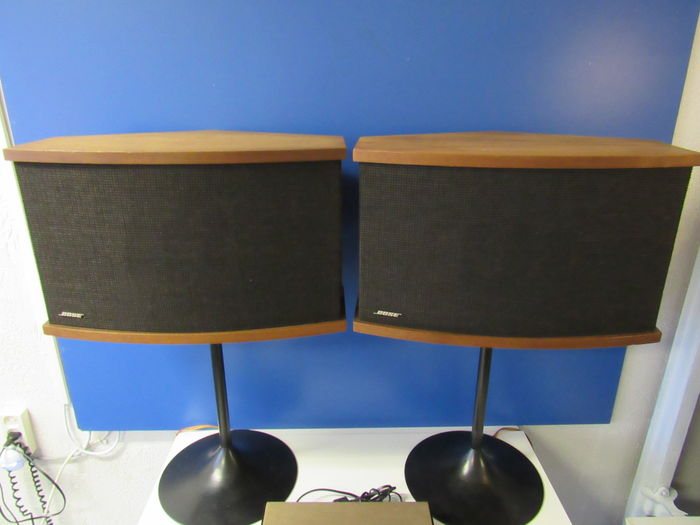 Beautiful Bose 901 Series V Speakers With Equalizer On The Original