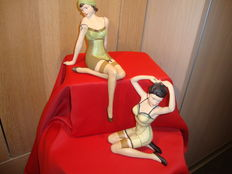 Figurines; 2 Sexy pin-up girls from the Roaring Twenties-late 20th century
