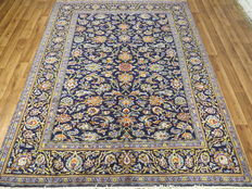 A dreamily beautiful Persian carpet, Isfahan/Iran, 289 x 207 cm, vintage around 1975, top quality, Jugendstil