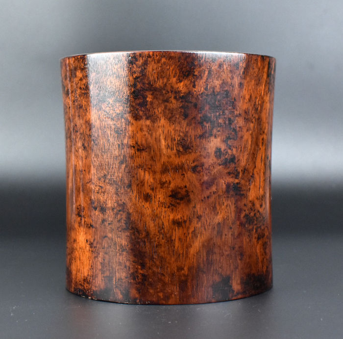 Huanghuali Rosewood Brush Pot - 'Bitong' - China - end of the 20th century