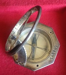 Sun Clock and Silver Compass silversmithbranded by J.Suñe. Spain