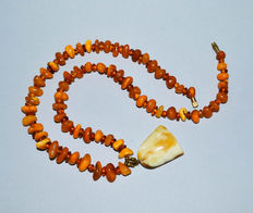 Antique 100% natural Baltic amber necklace butterscotch egg yolk honey amber