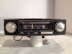 Philips 22RN314 Turnolock classic car radio from the 1960s/1970s Volkswagen/Opel/Ford
