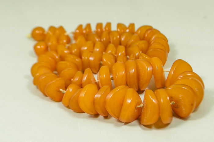 Antique 100% natural Baltic amber necklace butterscotch, egg yolk amber