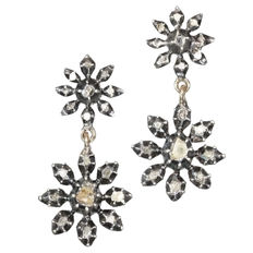 Victorian red gold dangling flower shaped earrings with diamonds set in silver top