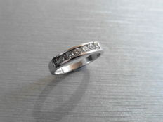 9ct 0.35ct Diamond Eternity Ring - I, Si1 - size M, Euro 52