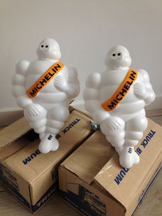 2 x Michelin truck Bibendums dolls - 20 x 11 x 8 cm in 2 original boxes