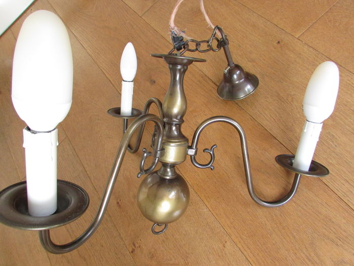 Three-armed copper-coloured ceiling lamp