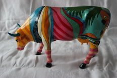"""The Boca Bovine"" by Valter Morais - Large - original box and tag included"