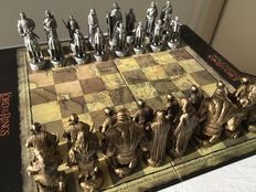 The Lord of the Rings chess set. The Fellowship of the Ring. New Line Cinema.