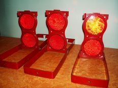 Set of three red reflectors of the Large Flameless Flare No. 70 - ca 2nd half 20th century