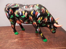 Christiane Corcelle- Lippeveld voor Cow Parade - resin koe - LARGE