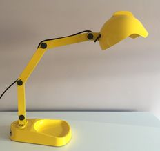 Diesel with Foscarini Duii – yellow lamp