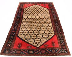 Semi antique Persian carpet Hamadan 127 x 208 cm. Made in Iran around 1950. Best highland wool.