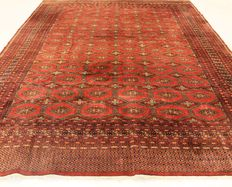 Orient carpet Buchara Jomut around 1990, pattern, made in Pakistan, 285 x 375 cm
