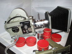 Pathé Webo M 16mm Filmcamera met  lenzen Angenieux 17-68 and 10mm