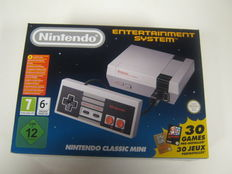 Nintendo Classic Mini - complete in box, with 30 built-in games - Zelda 1&2, Mario Trilogy, etc